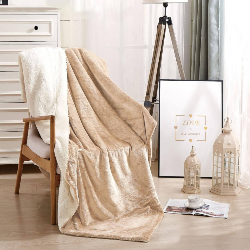 بطانية خفيفة مخمل و فرو مفرد ونص بيج