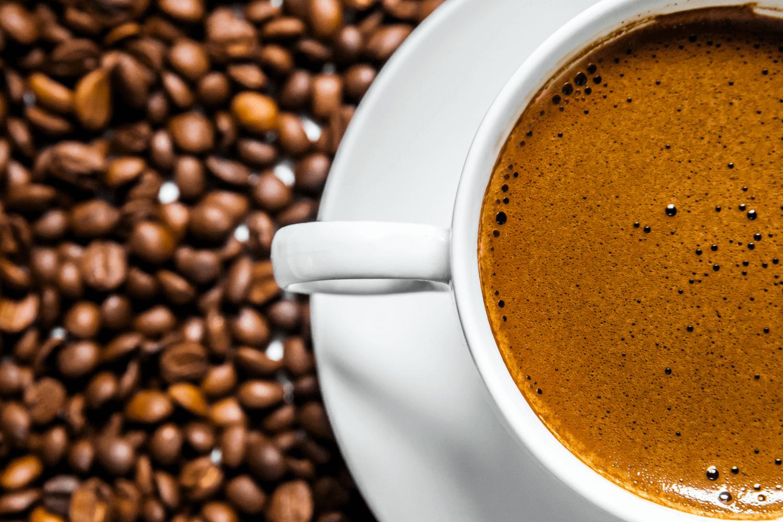 ما كمية القهوة المسموح بتناولها يوميا؟